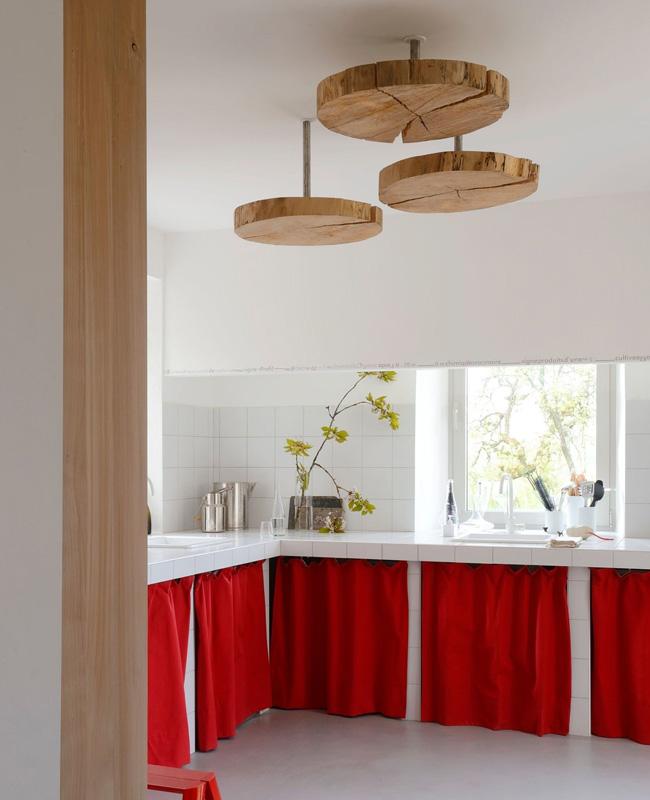 deco cuisine rouge bois originale