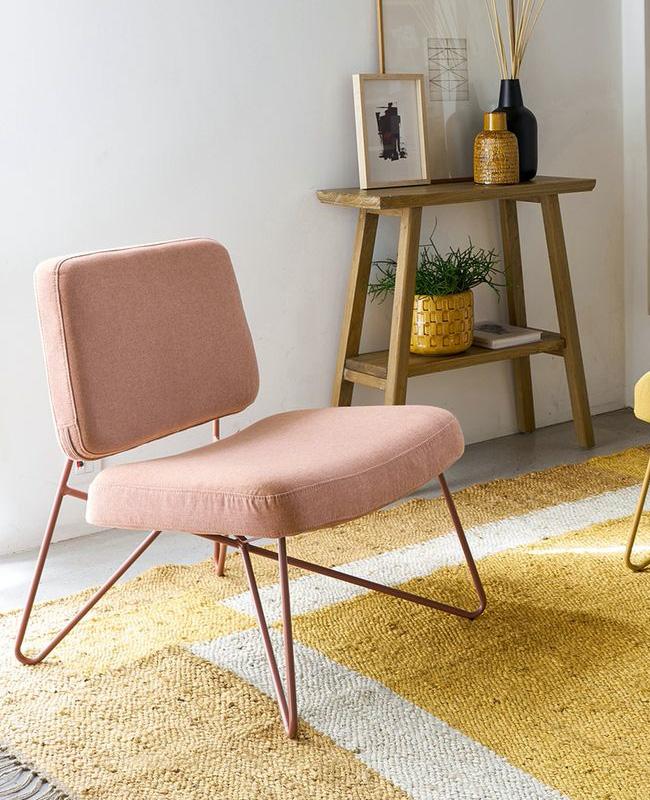 fauteuil rose minimaliste