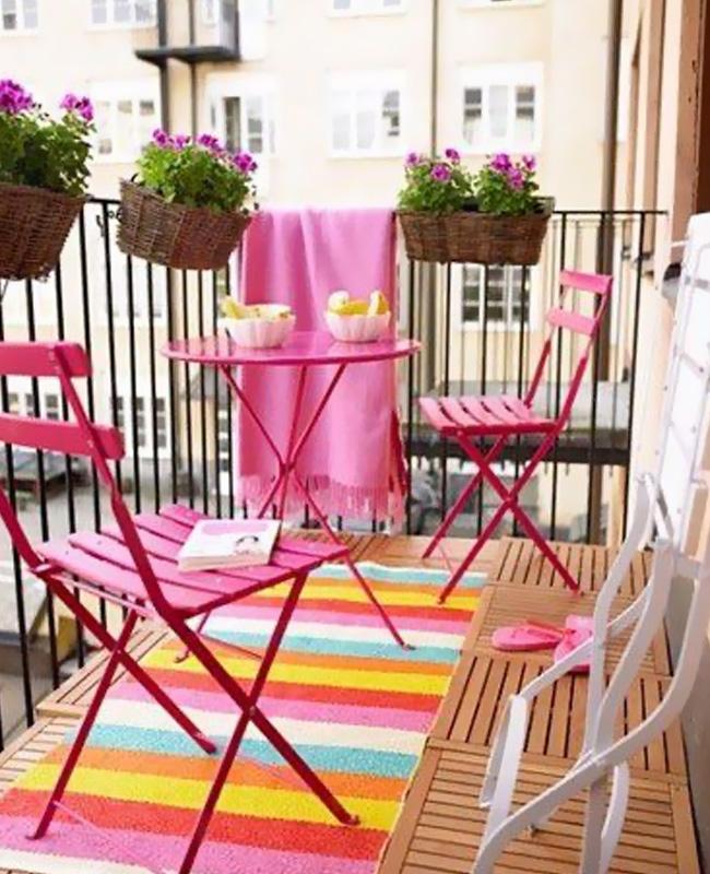 deco balcon rose meuble