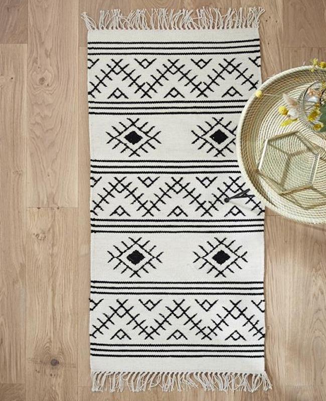tapis deco murale boheme noir blanc