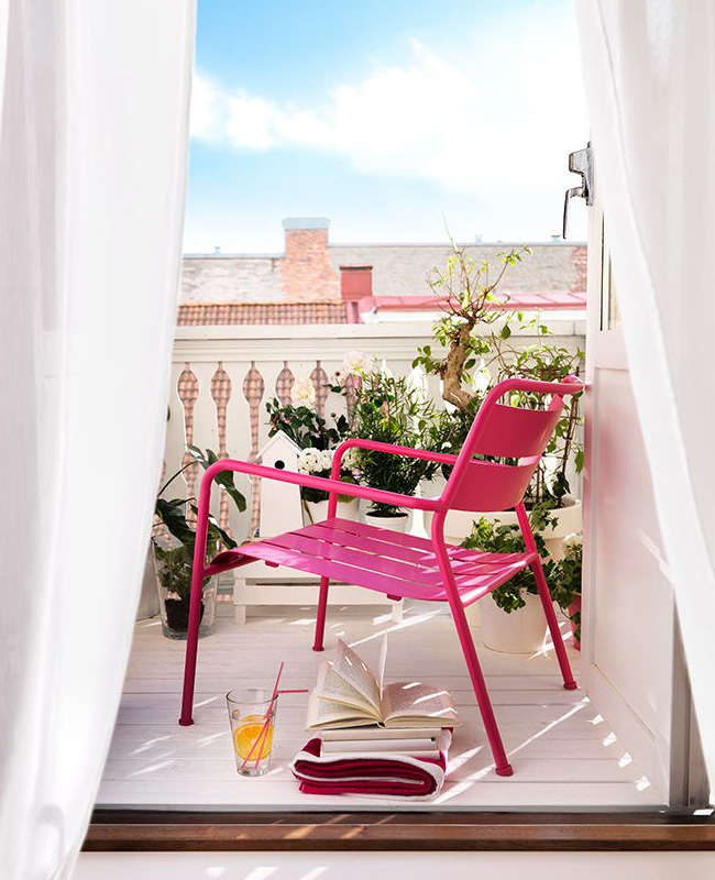 deco balcon fauteuil rose
