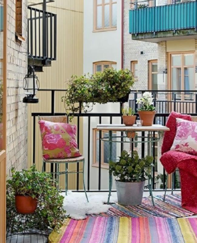deco balcon coussin rose