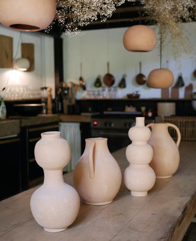 vase poterie artisanale bouteille terre cuite