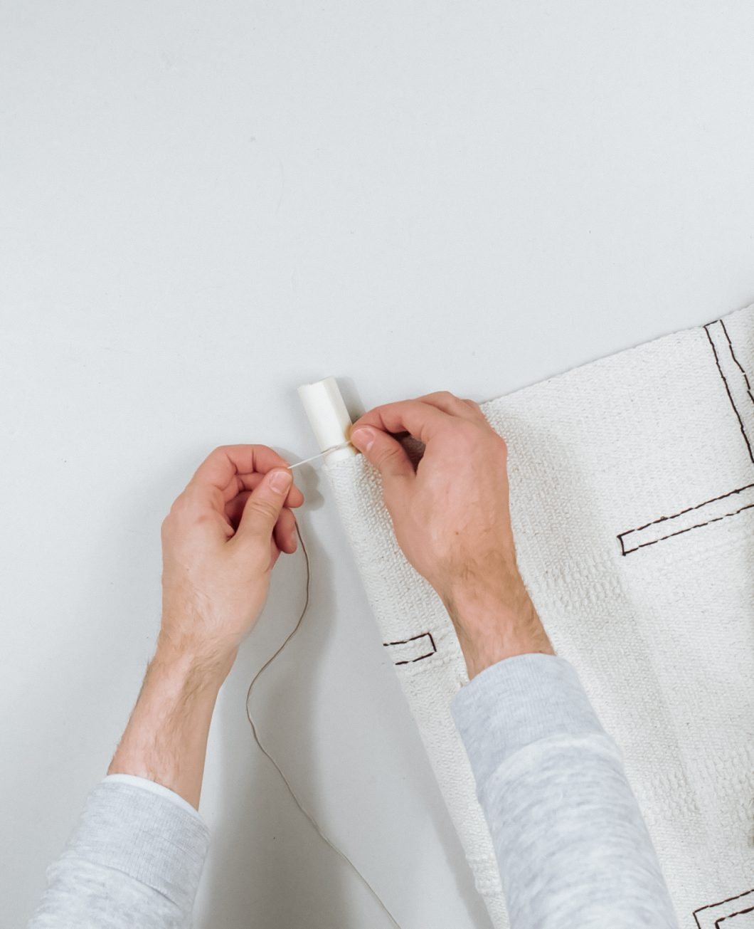 tapis deco murale boheme broderie Ikea Hack tuto dia etape 7