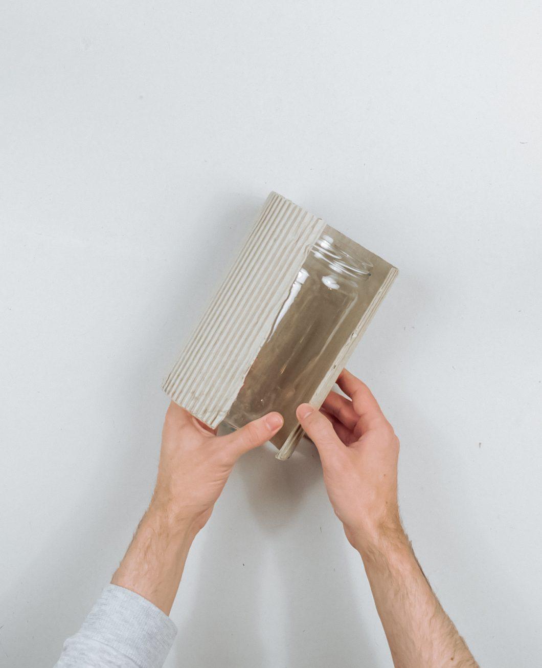 vase carton strie gaufre terracotta tuto diy etape 6