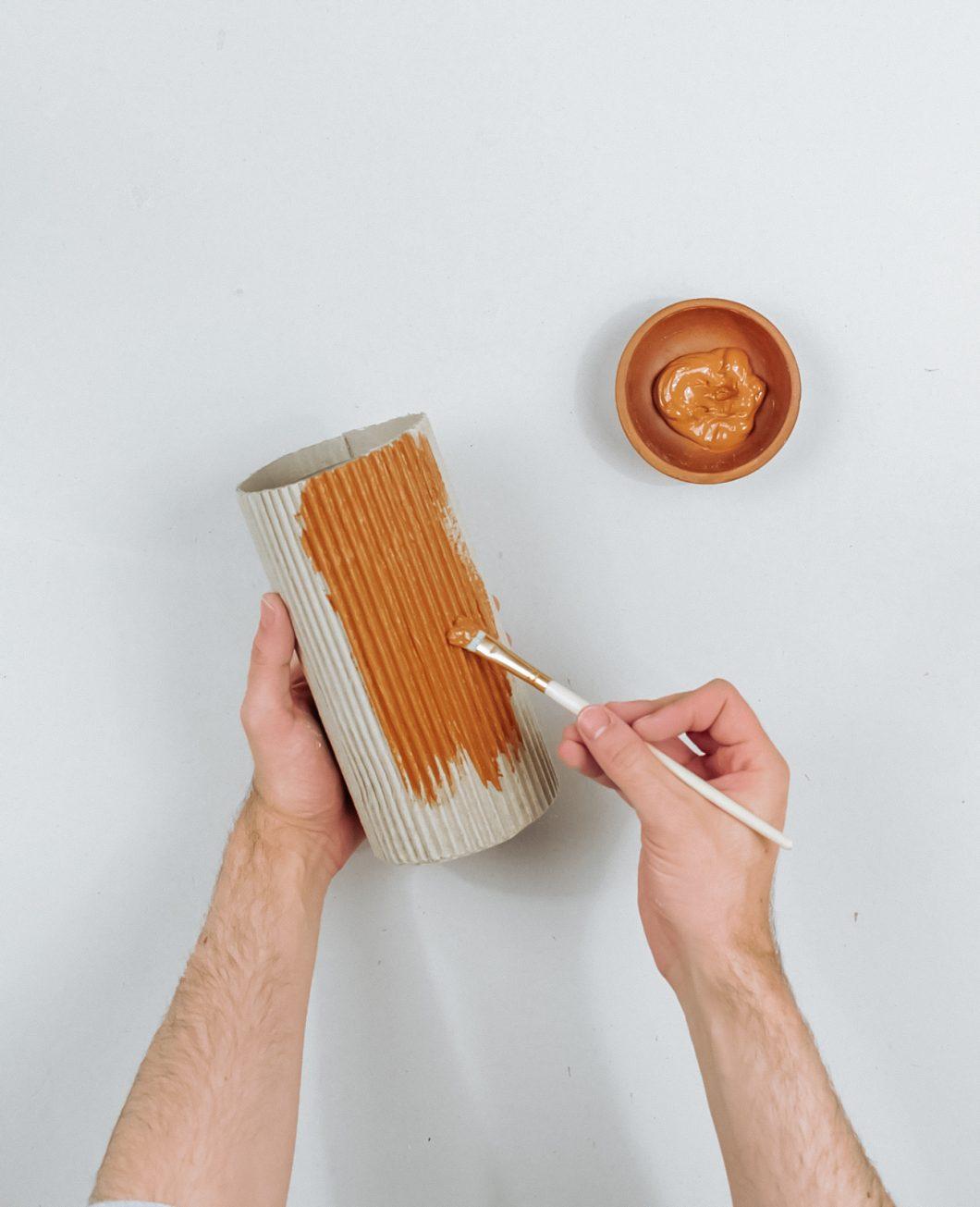 vase carton strie gaufre terracotta tuto diy etape 7