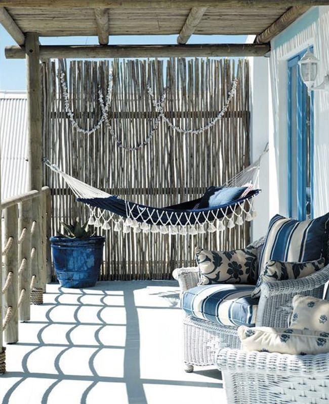 deco balcon bord de mer bleu bois