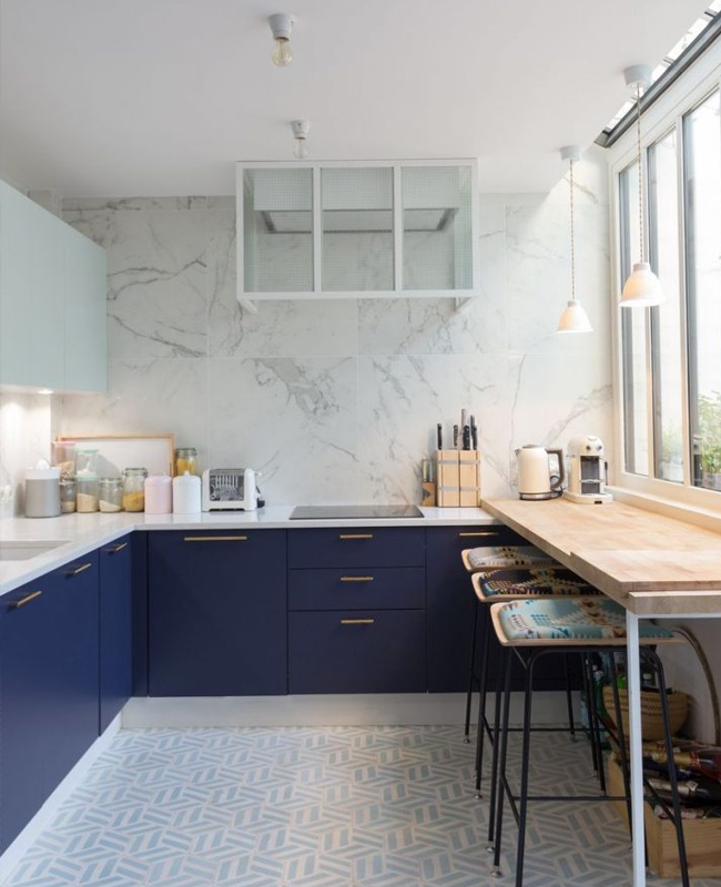 deco cuisine mur marbre blanc