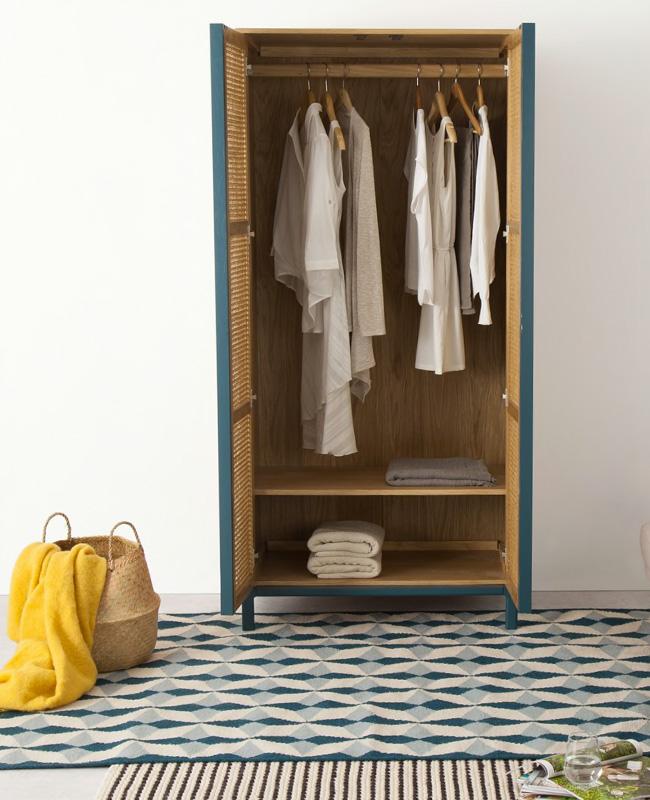 armoire cannage bleu canard