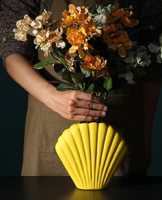 vase coquillage jaune