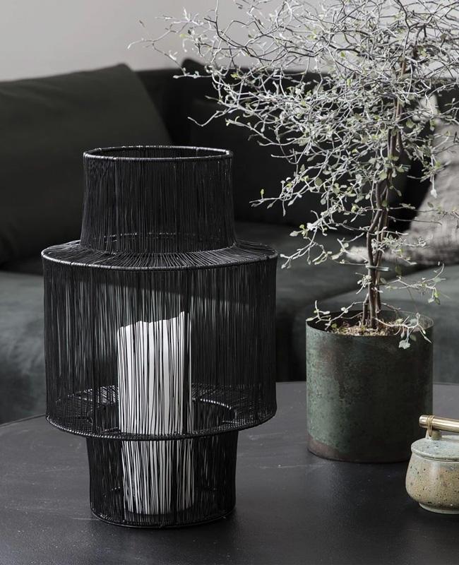 lanterne noire filaire