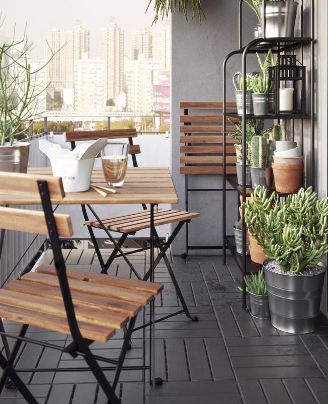 deco balcon gris bois moderne