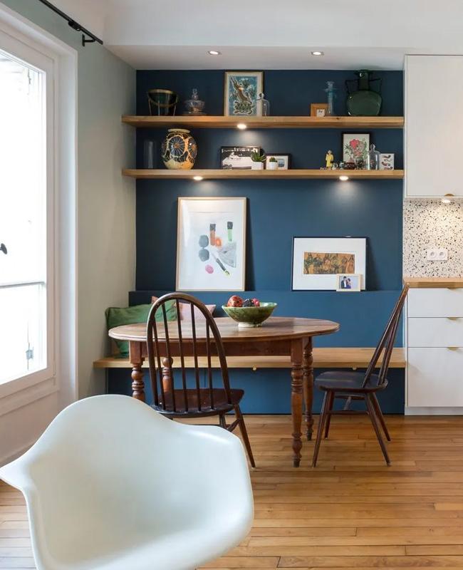 deco salle a manger mur bleu