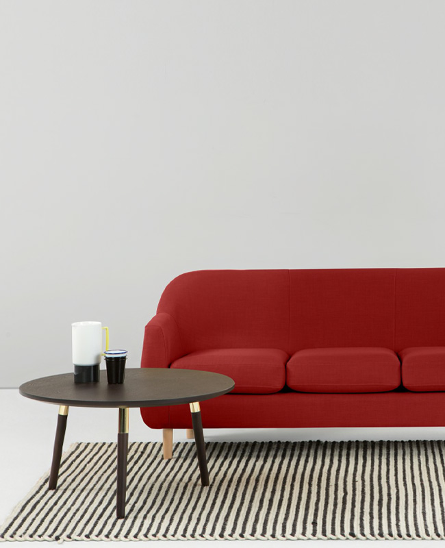 canape rouge scandinave