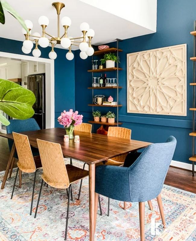 deco salle a manger bleu chaise vintage