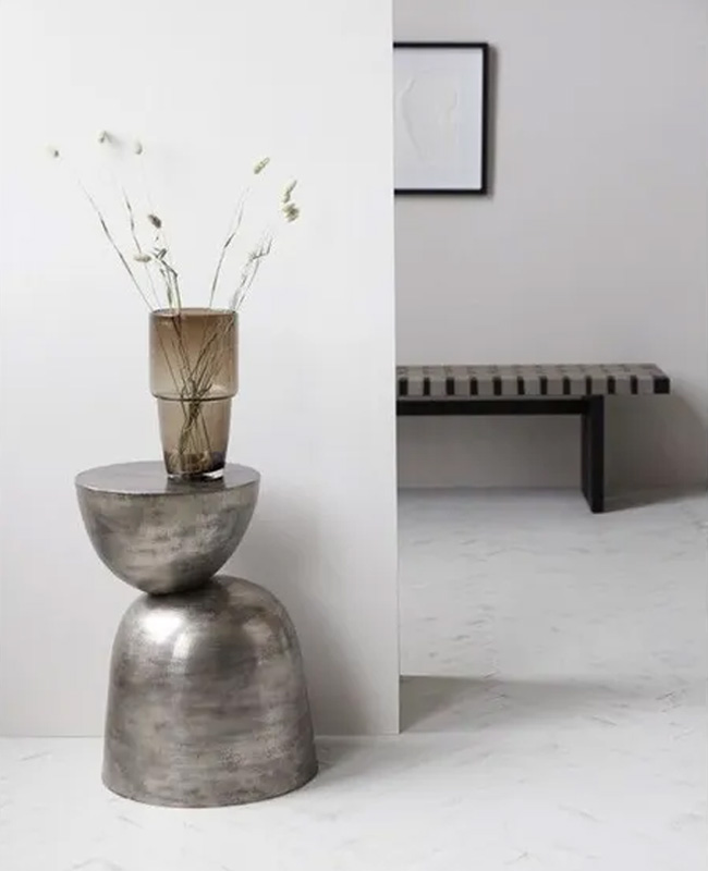 table appoint totem metal
