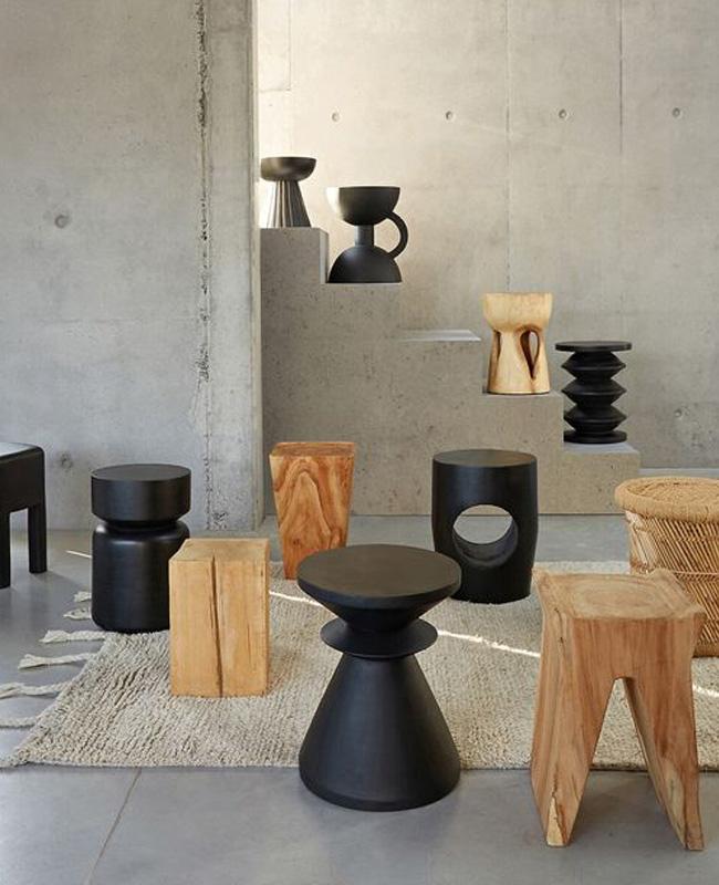 table appoint totem noir