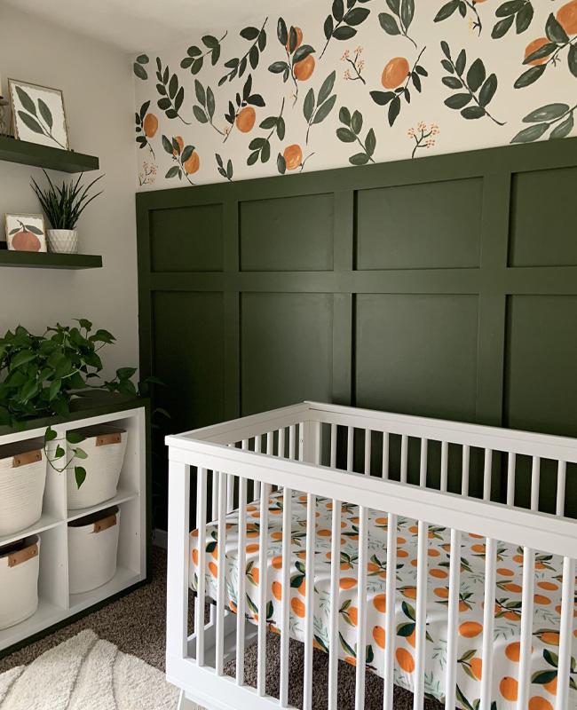 deco chambre bebe orange vert papier peint