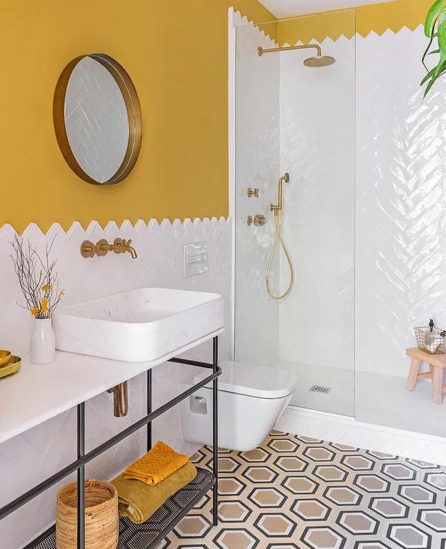 deco salle de bain peinture jaune moutarde