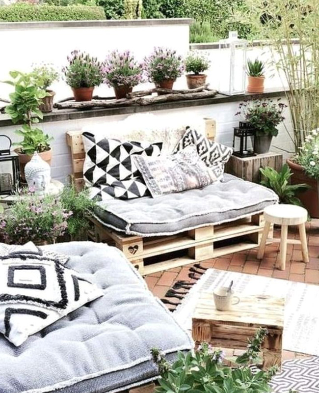 deco terrasse cosy canape palette coussin