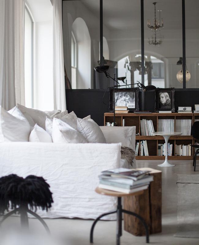 canape blanc deco salon industriel