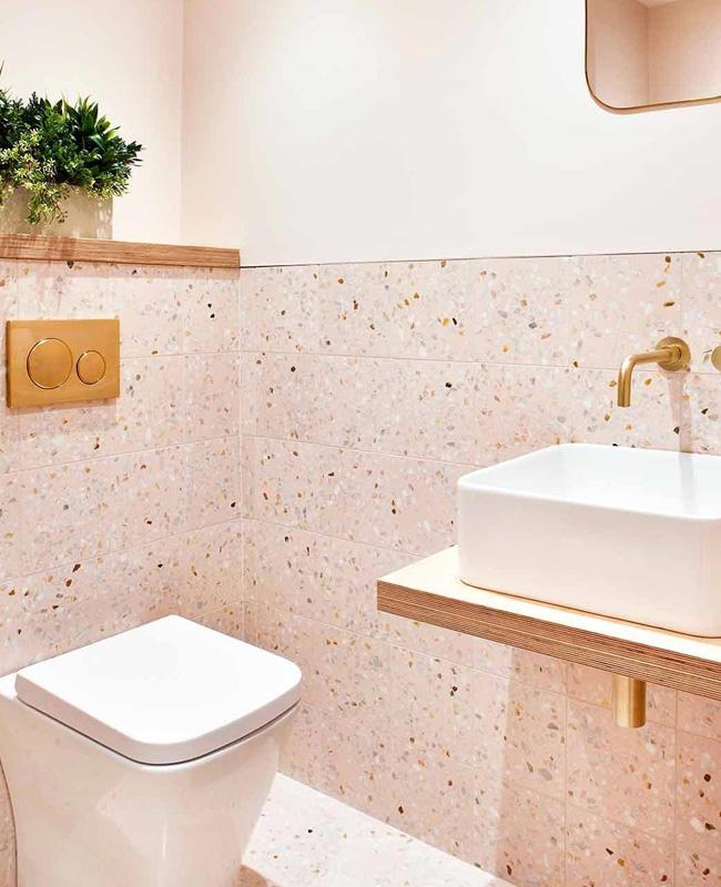 deco toilettes wc rose terrazzo dore