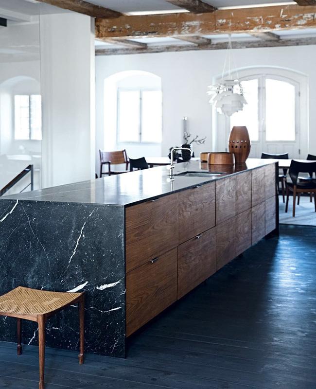 deco cuisine marbre noir meuble bois