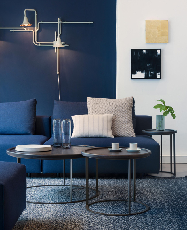 deco salon moderne bleu mur canape