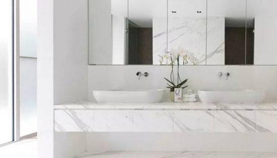 deco salle de bain marbre blanc