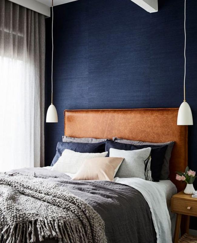 deco chambre papier peint bleu nuit blanc