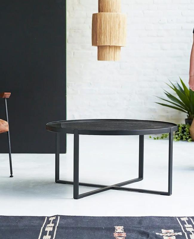 table basse marbre noir metal ronde